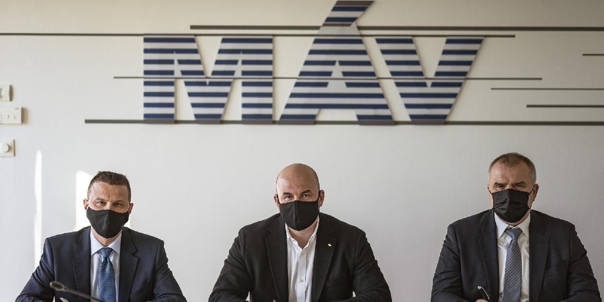 Már két buszgyártó céggel kötött együttműködési megállapodást a MÁV