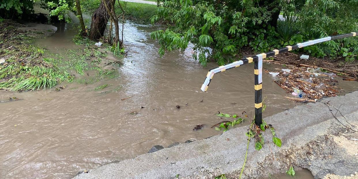 Ajánlatkérés Mátyás Király utcai megsérült hídfő helyreállítására (LEJÁR: 2021.07.15.)