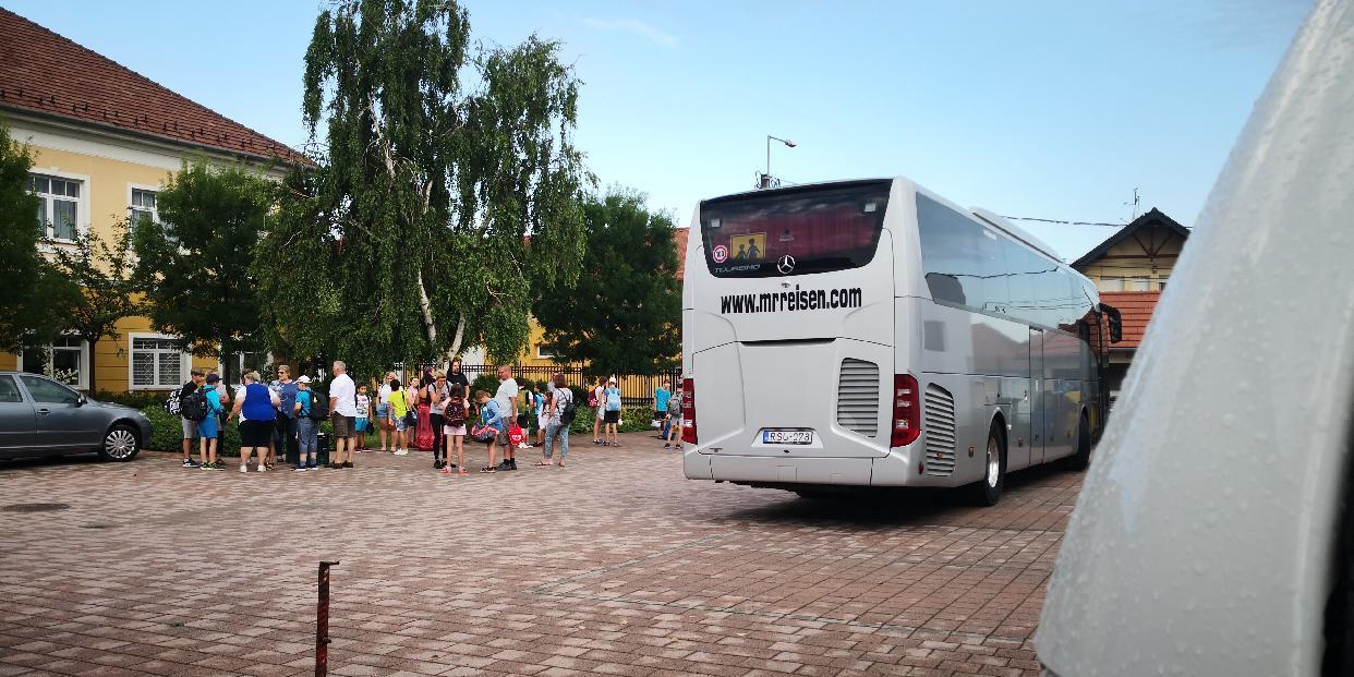 """""""Csobbanj Velünk!"""" program – élménynapon a pilisvörösvári gyerekek"""