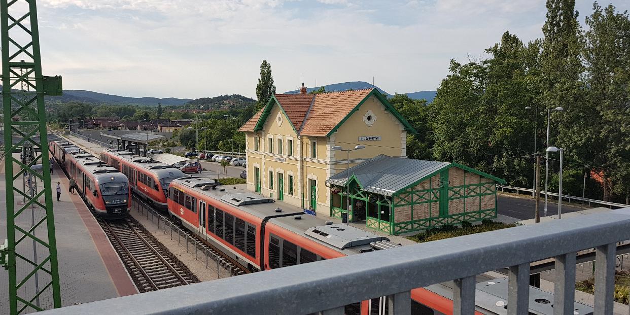 Megkezdődik a vasútállomás parkolójának bővítése