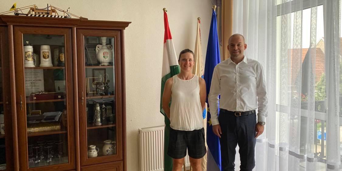 A Hivatalba látogatott Benkó Barbara